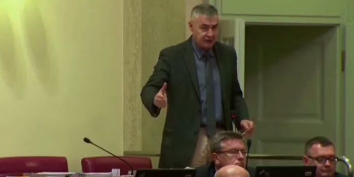 GLASNOVIĆ: Orepić provodi nasilje, cilj je ODSTRANITI SVE HRVATE iz biračkog tijela!