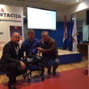 Počelo uručivanje specijalnih invalidskih kolica za sport