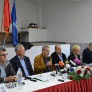 Milan Bandić SPUŠTA ODLUČIVANJE O NOVCU i radovima na razinu mjesnih odbora