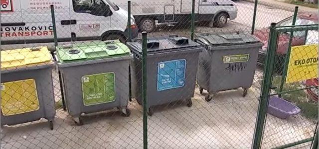Vandali MASOVNO PALILI spremnike za otpad u istočnom dijelu Zagreba