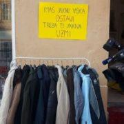 Spasite sugrađane od smrzavanja, darujte svoju iznošenu zimsku jaknu