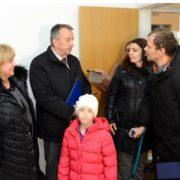 GRAĐANI POMOGLI Teško bolesni Tata iz tramvaja, s obitelji uselio u gradski stan u Jelkovcu