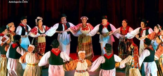 U ŠKOLI HRVATSKOG FOLKLORA članovi skupina iz iseljeništva uče nove plesove i ČUVAJU TRADICIJU