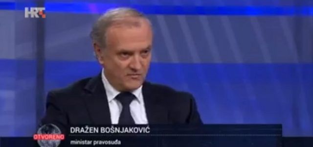 Zgroženi Bošnjakovićevim prijedlogom: Cilj novog zakona je PROGON BLOKIRANIH iz RH i vladavina javnih bilježnika!