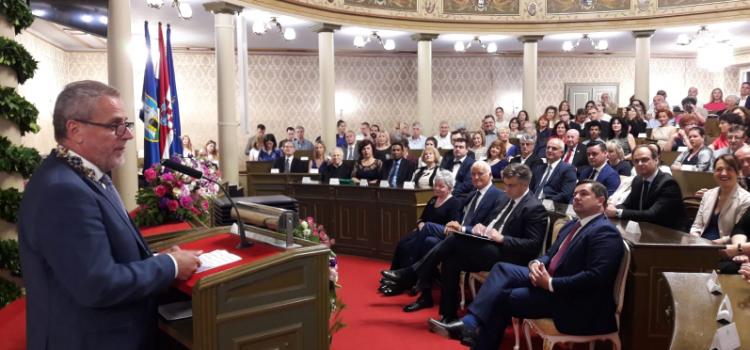 Svečana sjednica Gradske skupštine: Uručena Nagrada ZAGREPČANKI GODINE i nagrade Grada Zagreba