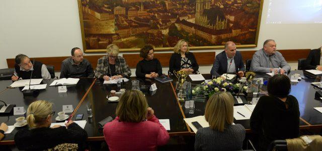 Potpredsjednik GSV-a: Ne promijenimo li ustroj radnih mjesta, OSTAT ĆEMO BEZ RADNIKA u ZG holdingu