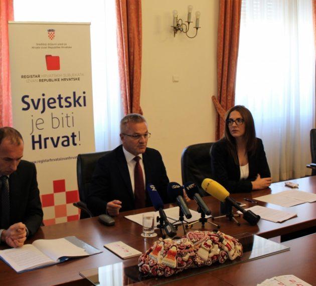 OKUPLJANJE CIJELE HRVATSKE OBITELJI: Registar hrvatskih subjekata izvan RH sve posjećeniji