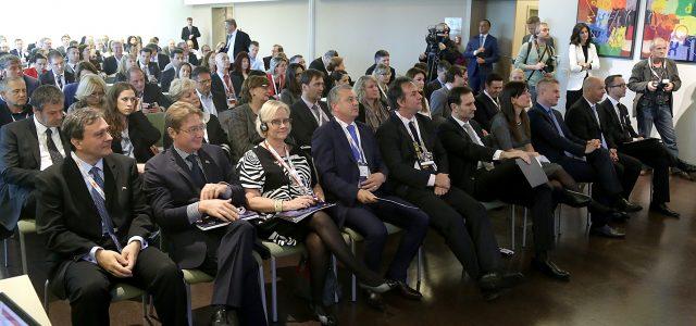 POVEZIVANJE RH I ISELJENIŠTVA: Poslovni ljudi s četiri kontinenta u Zagrebu NUDE I TRAŽE poslovne prilike