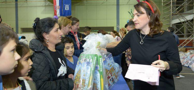 SVETI NIKOLA: Grad Zagreb i Dobri dom osigurali poklone za više od 2000 djece