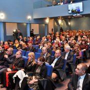Bozanić kritizirao obrazovnu reformu, Bandić traži širu primjenu demografske mjere MAJKE ODGAJATELJICE