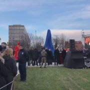 Otkriven četiri metra visok spomenik Franji Tuđmanu, Bandić ipak ostao u bolnici