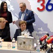 Hrvatska VAPI ZA LIDERIMA, a LIDERA NEMA! Zastupnicima je pun kufer predsjednika stranaka!