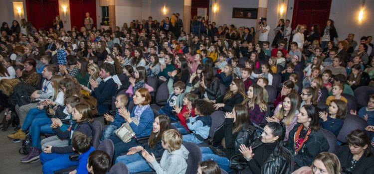 Više od tisuću učenika na nekoliko dana bit će MALI NOVINARI, PISCI, PJESNICI I GLUMCI