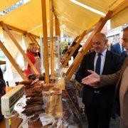 Slavonski branitelji na Trgu predstavljaju DOMAĆE TRADICIJSKE PROIZVODE: kulene, rakiju, med, kolače…