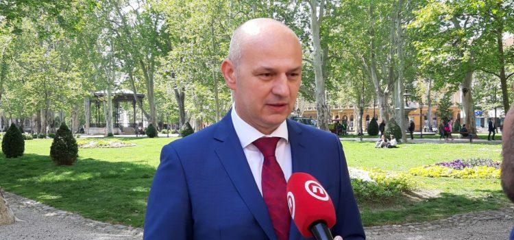 Kolakušić: Izjavivši da se ja ne mogu kandidirati, Sessa je htio OBMANUTI BIRAČE i utjecati na rezultat izbora!