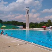 Započele prijave i UPISI na TEČAJEVE PLIVANJA na bazenima SRC Šalata, prvi tečaj od 17. lipnja