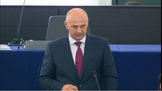 I u Bruxellesu ŽESTOKO i NA HRVATSKOM: Ovo nije Europa jednakosti, Nijemcima sve, a Hrvatskoj ništa!