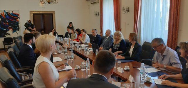 HRVATI će dobiti STATUS NACIONALNE MANJINE u Sjevernoj Makedoniji, tijekom pregovora o članstvu u EU