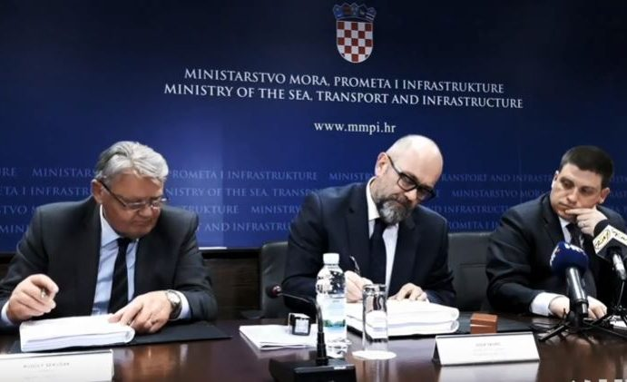 OVO JE ZA OZBILJNU ISTRAGU: Hrvatske ceste pedagoginji daju gotovo 500.000 kuna da im izradi natječaje