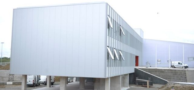 Nova škola u Ivanja Reci spremna čeka učenike, škole Tin Ujević i Granešina dobivaju nove sportske dvorane