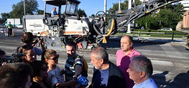 Zbog obnove Svačićevog trga i Kumičićeve, od petka do ponedjeljka zatvara se promet u tom dijelu grada
