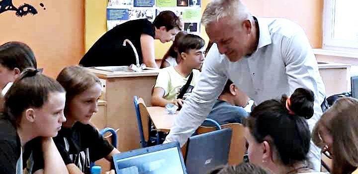 PROJEKT KORIJENI: Učenici iz Austrije, Slovenije, Srbije te BiH u Vukovaru upoznaju kulturnu i povijesnu baštinu