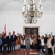 USKORO LAKŠE DO DRŽAVLJANSTVA Potomci Hrvata iz dijaspore dobili stipendije za učenje hrvatskog u RH