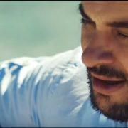 VIDEO: Tko kaže da više nema dobrih balada? Poslušajte debi Vedrana Roguljića i pjesmu ZAPLEŠI SA MNOM