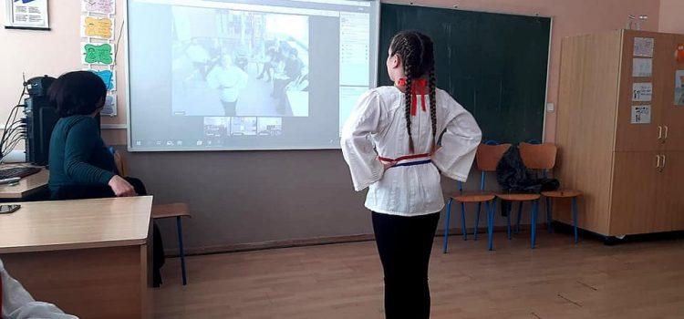 PROJEKT KORIJENI: Učenici hrvatske nastave iz Bavarske, Subotice, Žepča i Vukovara povezali se videokonferencijom