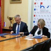 U Subotici potpisan Ugovor o financijskoj potpori za izgradnju HRVATSKE KUĆE; novac osigurala Vlada RH