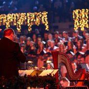 Na glazbenom spektaklu BOŽIĆ U CIBONI nastupa čak oko 1000 izvođača, ulaznice od 30 do 60 kuna