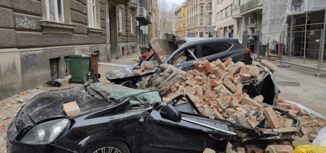 U Zagrebu još uvijek stotinjak prijava štete od potresa dnevno; službe i policija ogradili 156 opasnih lokacija