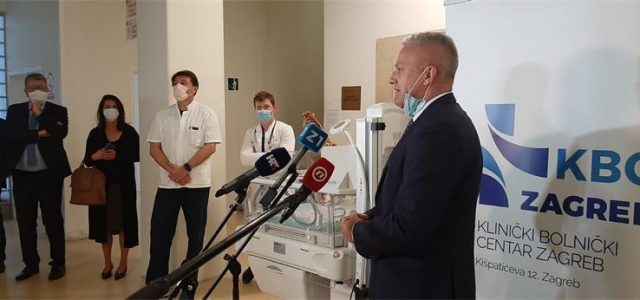Hrvati iz SAD-a (ACAP) donirali Petrovoj sustav za reanimaciju beba i inkubator vrijedne 44.000 dolara