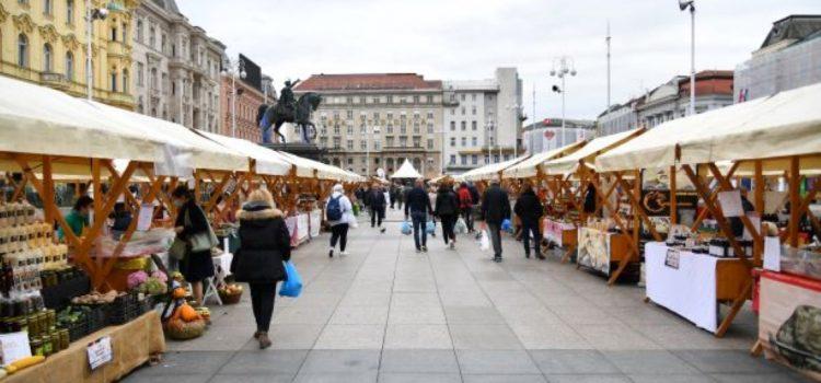 HRVATSKA TRADICIONALNA PROIZVODNJA Na Trgu otvoren Sajam zimnice i autohtonih proizvoda