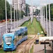 Od ponedjeljka 19. listopada tramvaji ponovno voze preko Mosta mladosti, linije 6 i 7 vraćaju se na redovne trase