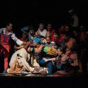 """""""U strahu smo, a moramo glumiti; goniči robova nas stišću, BOJIMO SE OTKAZA, psihički je neizdrživo"""""""