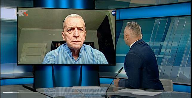 Crnogorski pisac: Nema dana kada ne gore crnogorske zastave! Cvrtila: Moguć je i građanski rat